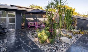 8147 Mulholland Ter, Los Angeles, CA 90046