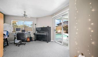 104 Green Ave, Escondido, CA 92025