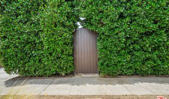 1943 Hauser Blvd, Los Angeles, CA 90016