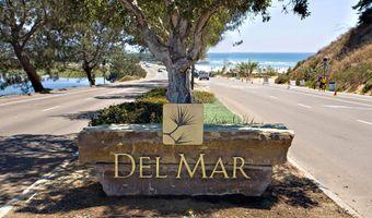 119 10th St, Del Mar, CA 92014