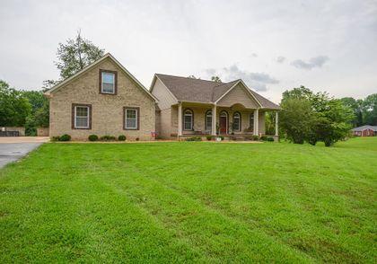 Property photo 11210 US HWY 60 W
