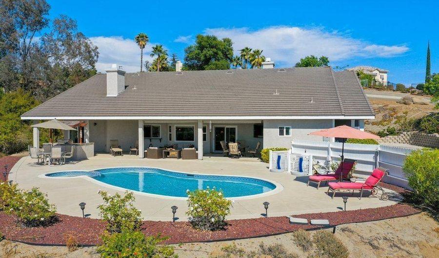 811 Alamo Ln, Escondido, CA 92025 - 3 Beds, 3 Bath