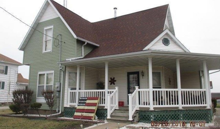 222 State Highway 94, Lomax, IL 61454 - 4 Beds, 1 Bath