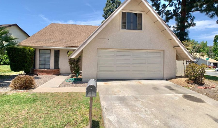10082 CANYONWOOD LANE, Spring Valley, CA 91977 - 4 Beds, 3 Bath