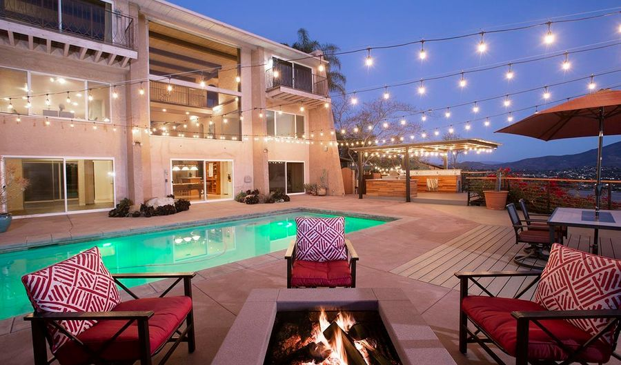 4310 MOUNT HELIX HIGHLANDS DR, La Mesa, CA 91941 - 5 Beds, 5 Bath