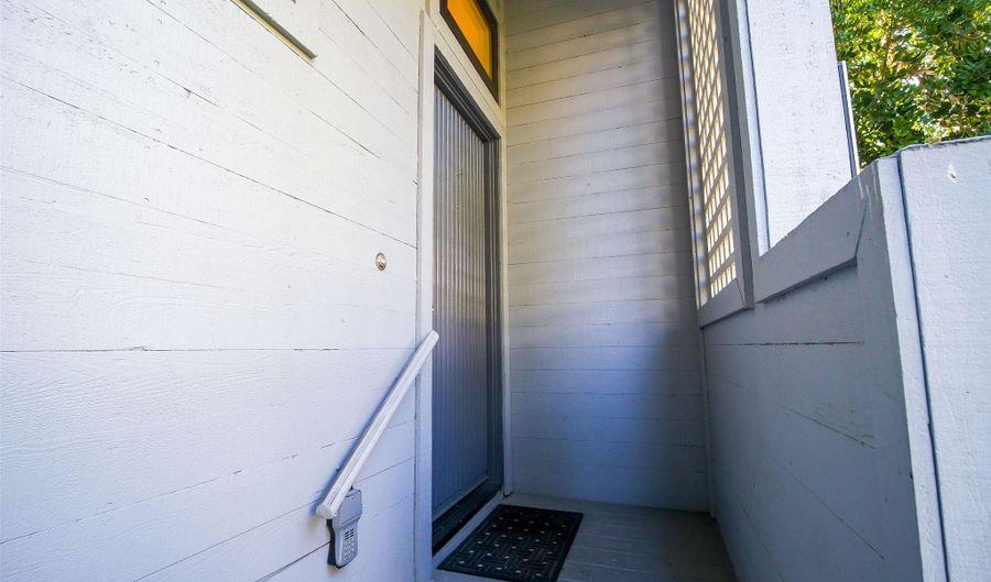 939 Intrepid Ct, Del Mar, CA 92014 - 2 Beds, 2 Bath