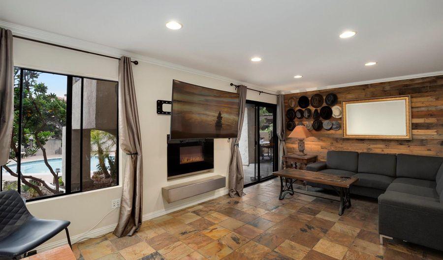 13707 Ruette Le Parc, Del Mar, CA 92014 - 2 Beds, 2 Bath