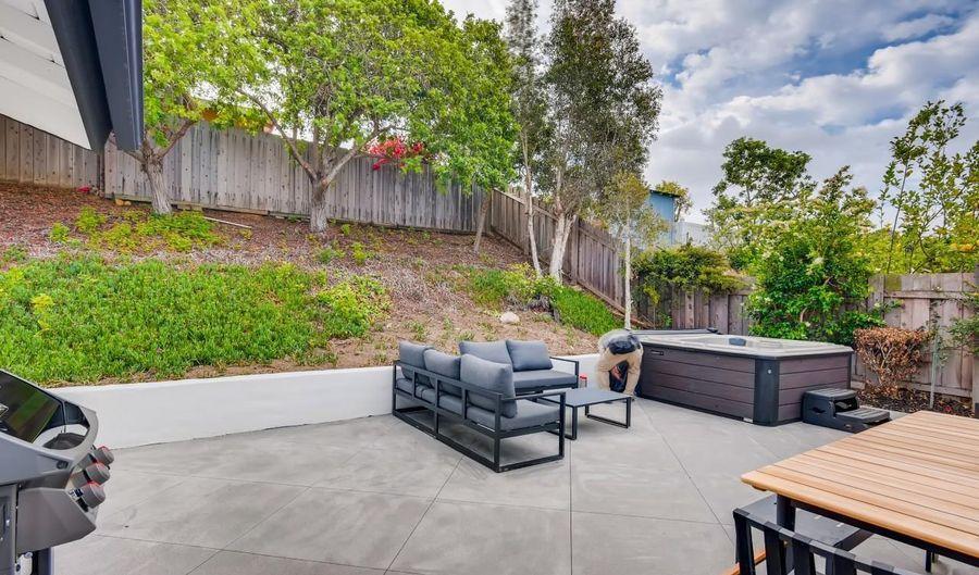 6611 Dennison St, San Diego, CA 92122 - 3 Beds, 2 Bath