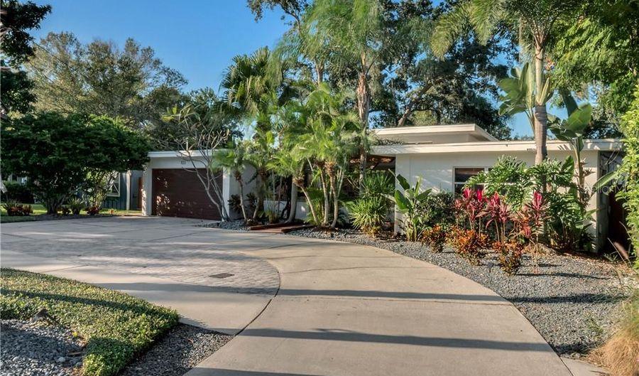 1133 ARTHUR STREET, Orlando, FL 32804 - 4 Beds, 3 Bath