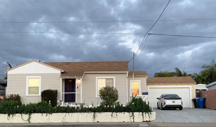4625 70TH STREET, La Mesa, CA 91942 - 3 Beds, 2 Bath