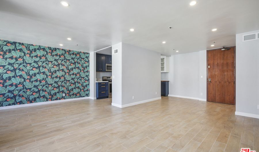 222 S Central Ave, Los Angeles, CA 90012 - 1 Beds, 1 Bath