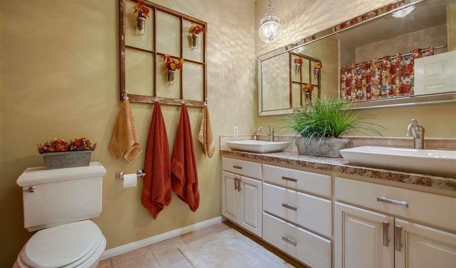 724 Camino Scarpitta, Alpine, CA 91901 - 6 Beds, 6 Bath
