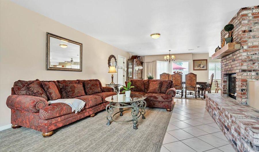 7275 Macquarie St, La Mesa, CA 91942 - 2 Beds, 2 Bath