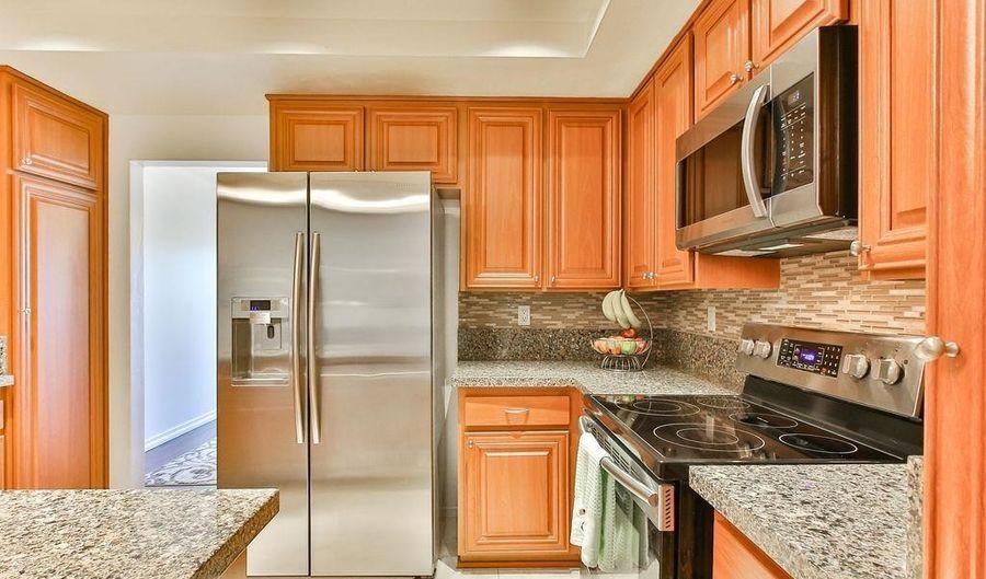 6050 Henderson Drive, La Mesa, CA 91942 - 3 Beds, 3 Bath