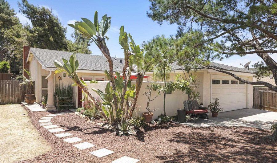 11525 Almazon St, San Diego, CA 92129 - 3 Beds, 2 Bath