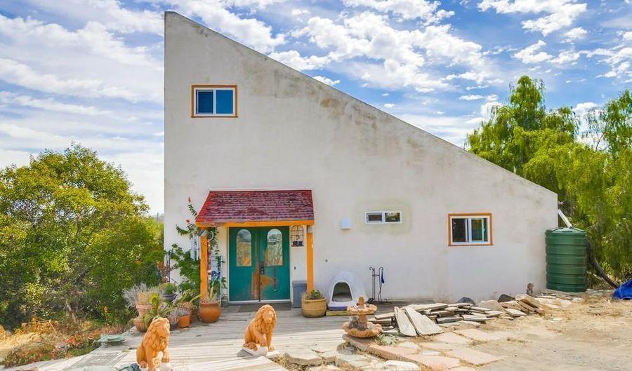 6118 Fulmar St., San Diego, CA 92114 - 3 Beds, 3 Bath