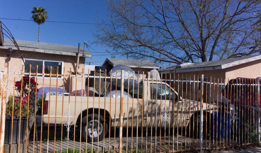 700 E 80th Street, Los Angeles, CA 90001 - 3 Beds, 2 Bath