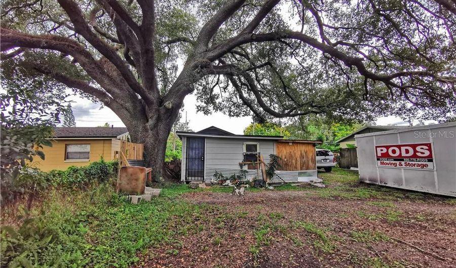 1642 SILVER STAR ROAD, Orlando, FL 32804 - 2 Beds, 1 Bath