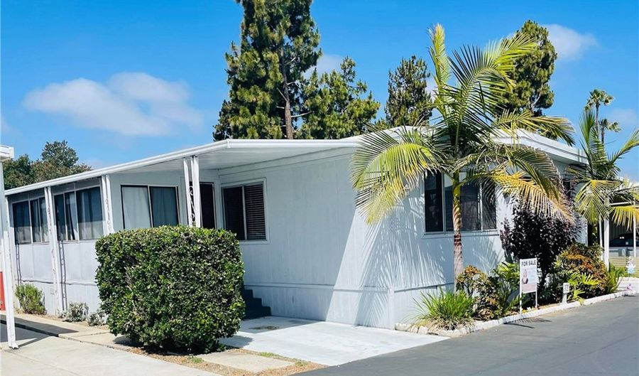 220 N El Camino Real, Oceanside, CA 92058 - 3 Beds, 2 Bath