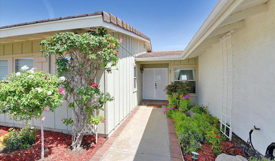 1385 Blackhawk Glen, Escondido, CA 92029 - 3 Beds, 2 Bath
