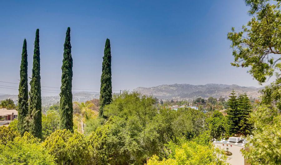 2324 Big Pine Rd, Escondido, CA 92027 - 4 Beds, 3 Bath