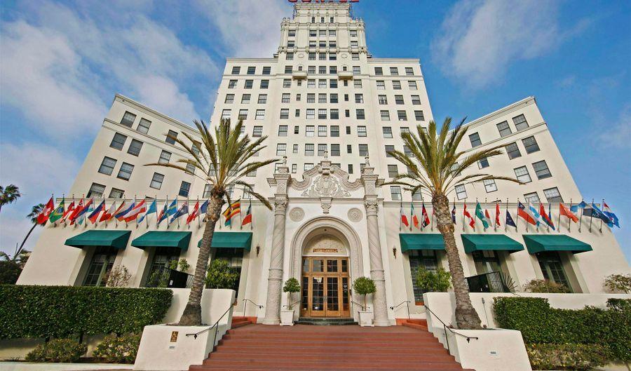 702 Ash St., San Diego, CA 92101 - 2 Beds, 2 Bath