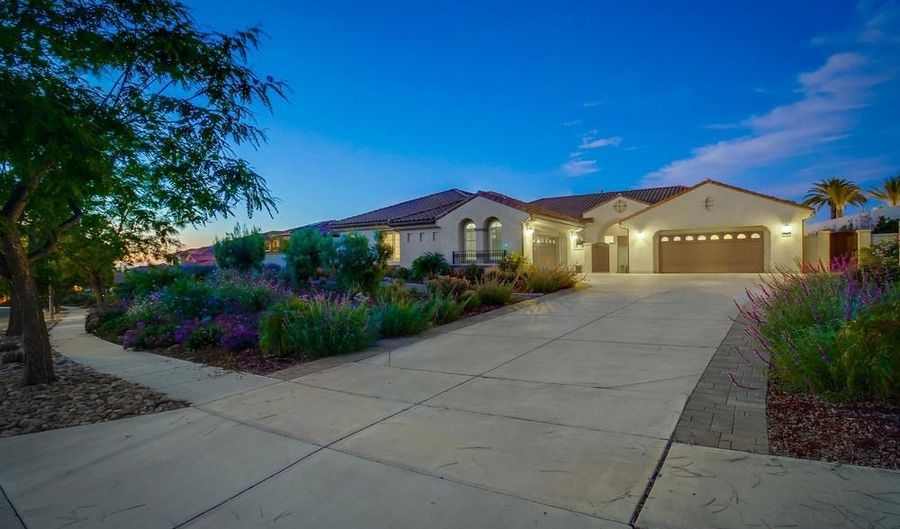 15662 Via Santa Pradera, San Diego, CA 92131 - 4 Beds, 5 Bath