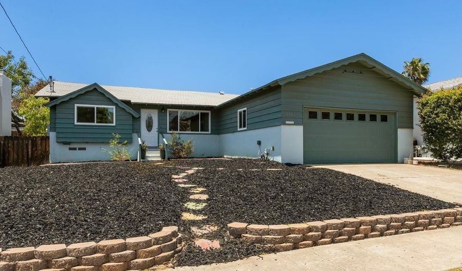 5904 Poppy Street, La Mesa, CA 91942 - 3 Beds, 2 Bath