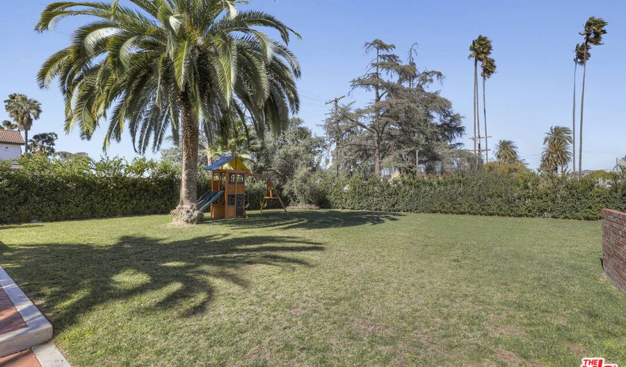 1201 S St Andrews Pl, Los Angeles, CA 90019 - 5 Beds, 5 Bath
