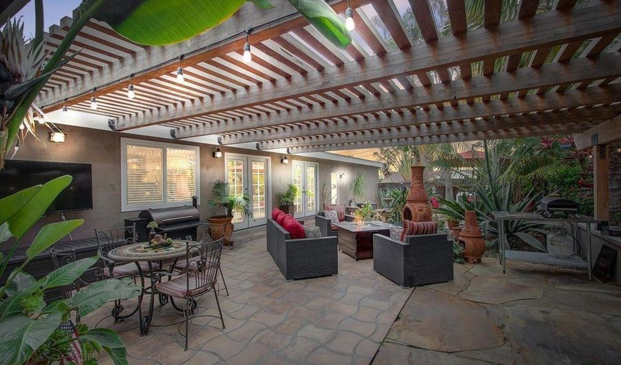 3740 Monroe St, Carlsbad, CA 92008 - 3 Beds, 2 Bath