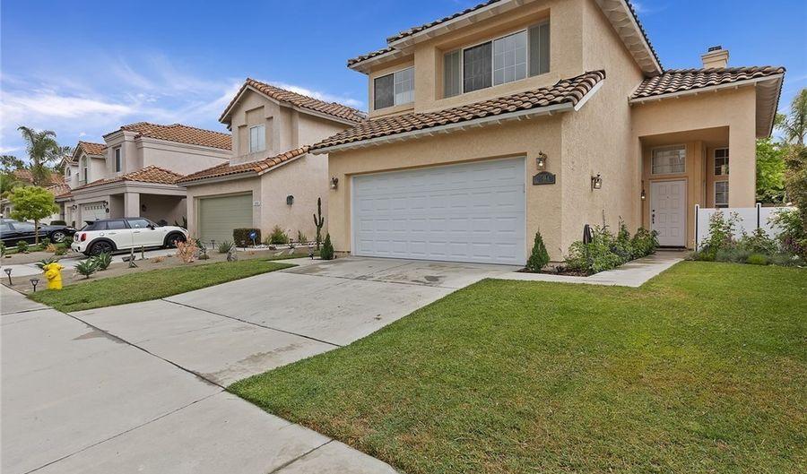 1594 Avenida Mantilla, Oceanside, CA 92056 - 4 Beds, 3 Bath