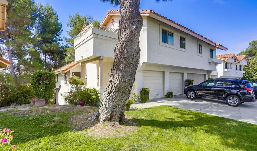 3115 Avenida Topanga, Carlsbad, CA 92009 - 2 Beds, 3 Bath