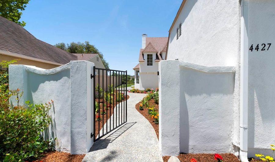 4427 Dorchester Pl, Carlsbad, CA 92010 - 3 Beds, 3 Bath