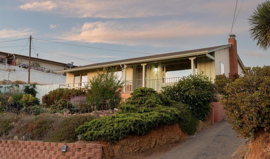 9444 Alto Dr, La Mesa, CA 91941 - 3 Beds, 2 Bath