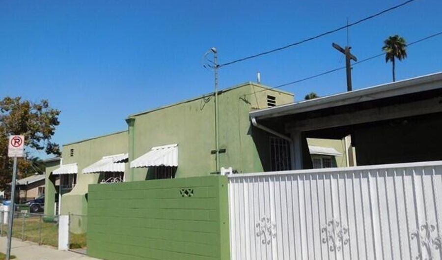 402 E 93rd St, Los Angeles, CA 90003 - 2 Beds, 2 Bath