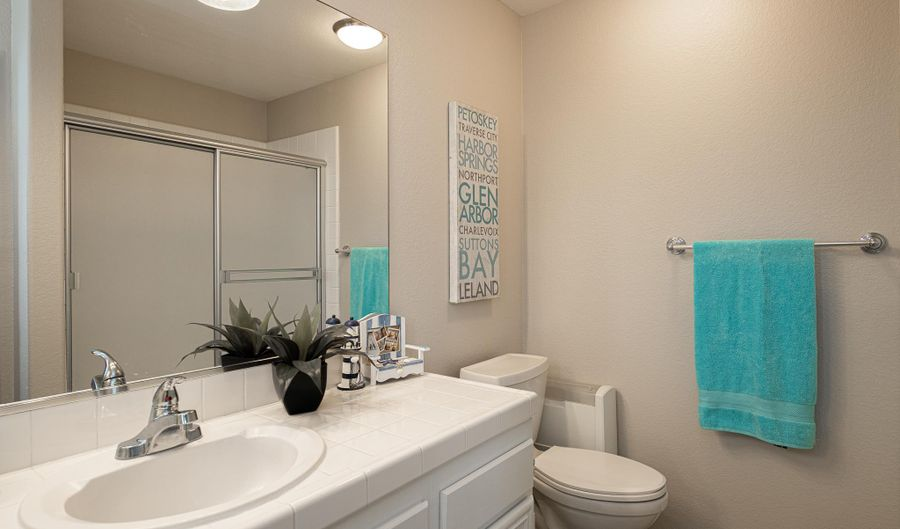 2533 Fresh Waters Ct, Spring Valley, CA 91978 - 5 Beds, 4 Bath