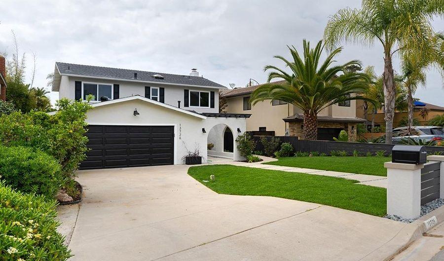 13726 Nogales, Del Mar, CA 92014 - 3 Beds, 3 Bath
