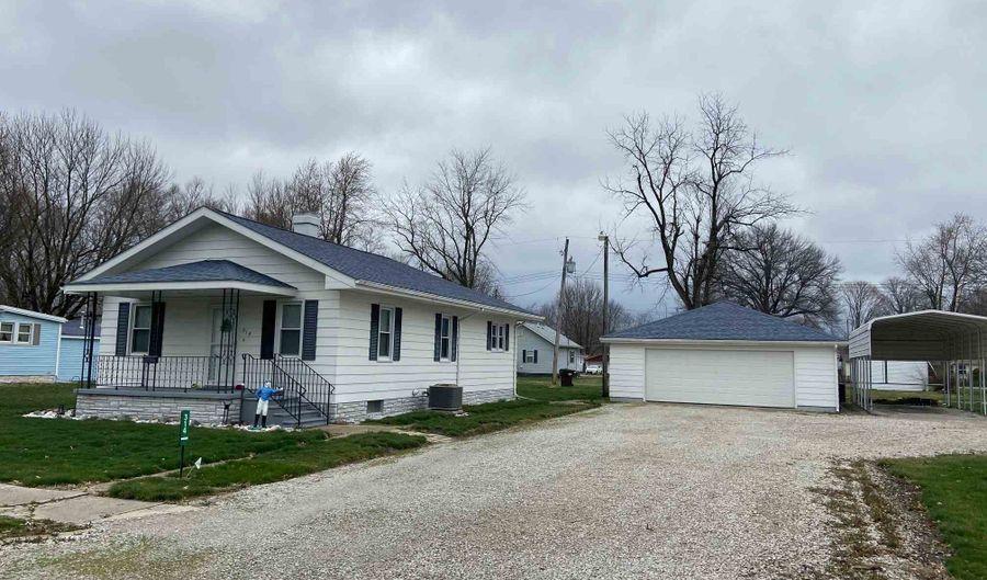 314 WILLOW Street, Kincaid, IL 62540 - 2 Beds, 2 Bath
