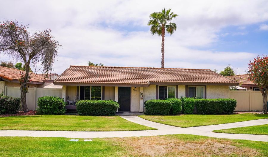 8216 Bluffview Ct, Spring Valley, CA 91977 - 3 Beds, 2 Bath