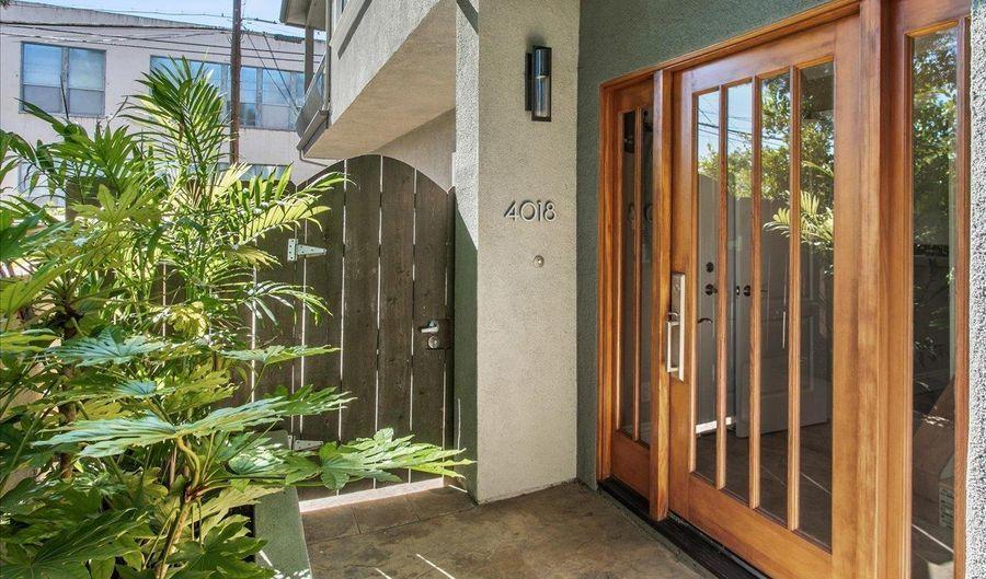 4018 Centre St, San Diego, CA 92103 - 2 Beds, 3 Bath