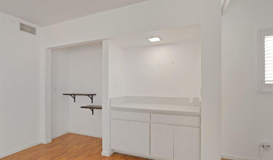 2270 La Costa Ave, Carlsbad, CA 92009 - 1 Beds, 2 Bath