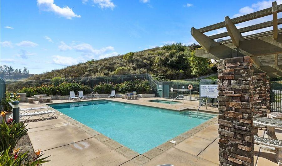 137 Canyon Creek Way, Oceanside, CA 92057 - 4 Beds, 3 Bath