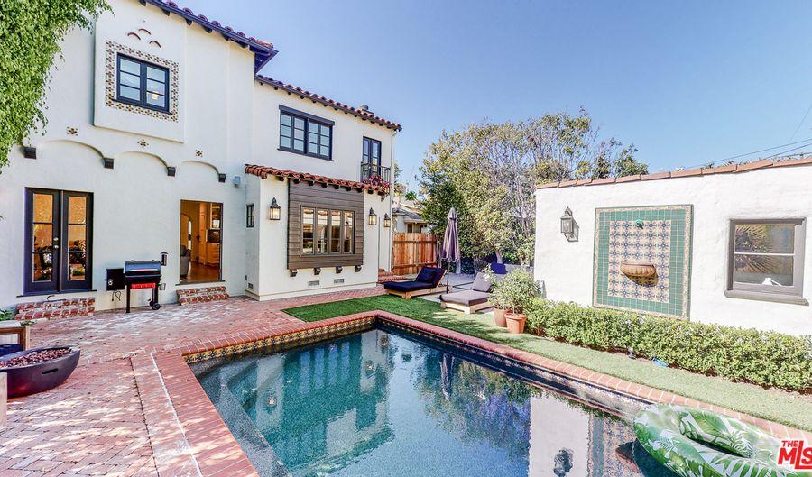 10388 ILONA AVE, Los Angeles, CA 90064 - 4 Beds, 4 Bath