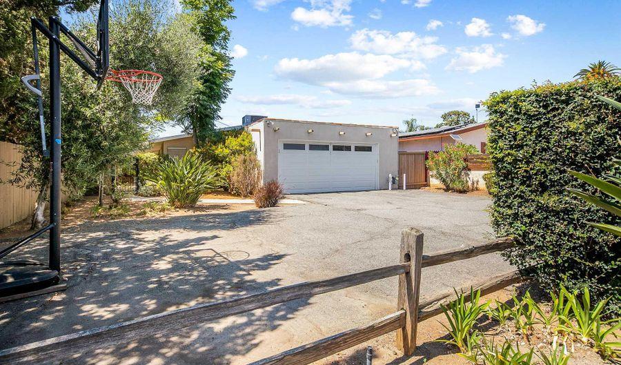 104 Green Ave, Escondido, CA 92025 - 2 Beds, 2 Bath